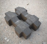 灰色井字型草坪砖
